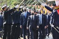 정세균 국무총리가 11일 부산 유엔기념공원에서 열린 턴투워드 부산 유엔참전용사 국제추모식행사에 참석하여 주요내빈과 함께 입장을 하고 있다.