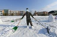 제20전투비행단은 코로나19와 제설작업으로 인한 병사들의 스트레스를 해소하고 사기를 진작하기 위해 병사 자율위원회 주관으로 <눈사람 콘테스트>를 실시했다.(출처=대한민국 공군 페이스북)