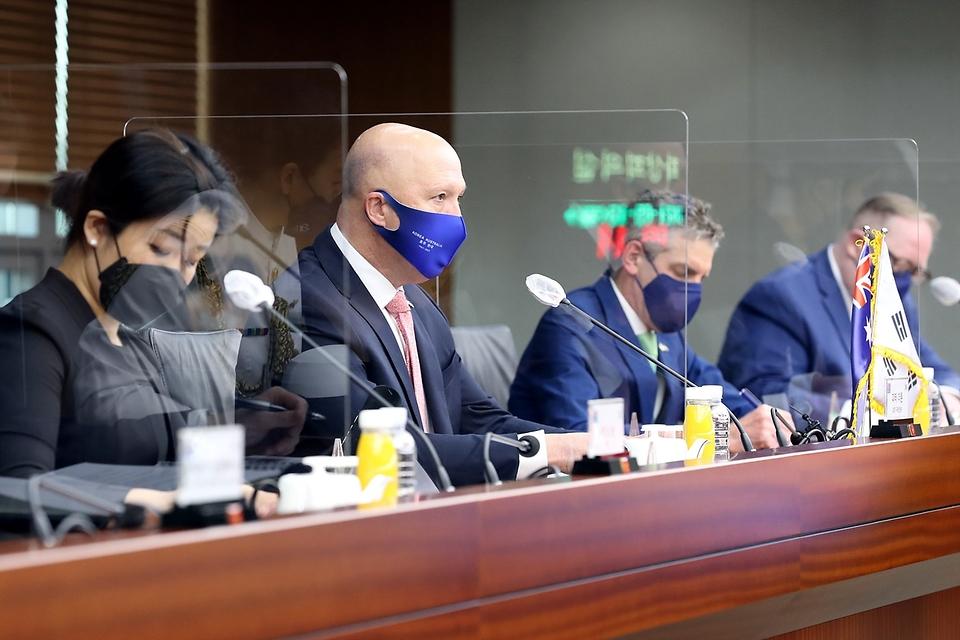 13일 오전 서울 용산구 국방부에서 열린 '한-호주 국방장관회담'에서 피터 더튼 호주 국방부 장관이 모두발언을 하고 있다.