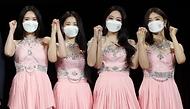 15일 서울 동대문디자인플라자(지난8일 녹화)에서 열린 2021-2022 한중 문화교류의 해 개막식에서 홍보대사로 위촉된 브레이브걸스가 기념촬영을 하고 있다.