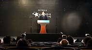 김부겸 국무총리가 17일 세종로 정부서울청사에서 열린 제2회 청년의 날 기념식에 참석, 기념사를 하고 있다.