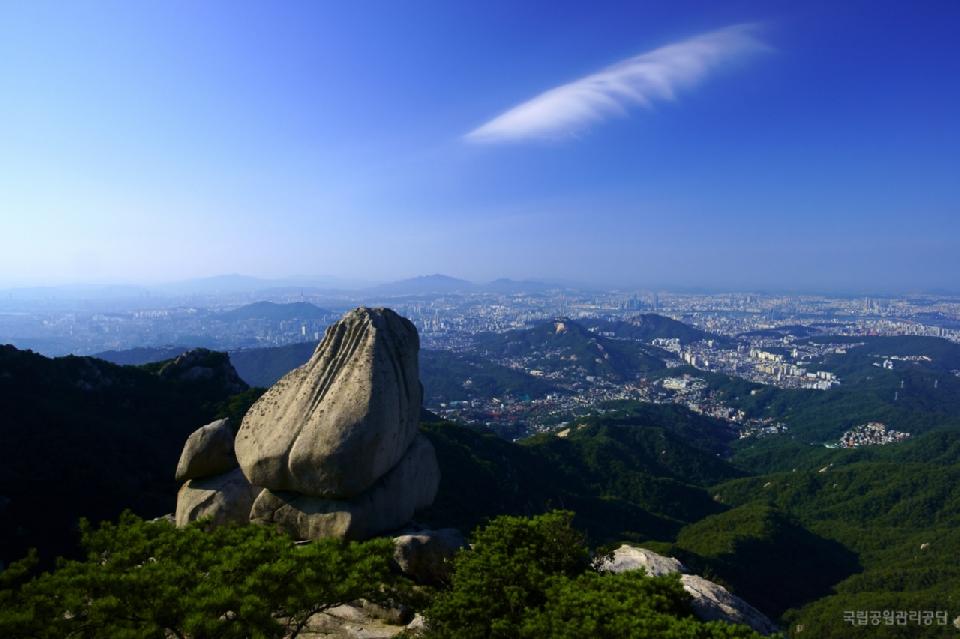제16회 국립공원사진공모전 장려상 <북한산_지킴이 / 남선화>