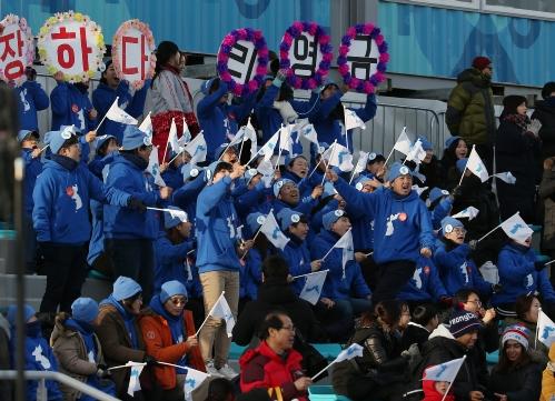 크로스컨트리 여자 10km 프리 메달 경기, 이채원 주혜리 및 북한 리영금 출전