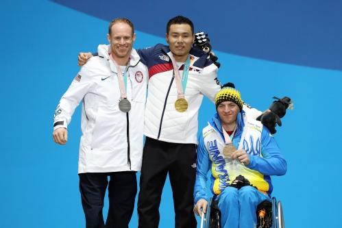 2018 평창동계패럴림픽 크로스컨트리스키 남자 7.5㎞ 좌식 경기 시상식, 금메달 한국의 신의현 선수