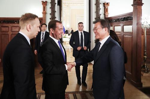 메드베데프 러시아 총리 면담