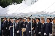 심덕섭 국가보훈처 차장이 11일 오전 제13회 개미고개 6.25전쟁 격전지 추모제에 참석하여 주요내빈과 함께 국민의례를 하고 있다.
