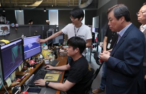 문체부 장관, 사람 중심 혁신성장 영화제작사 방문