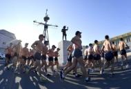 1월 14일부터 18일까지 진해 군항 일대에서 해군 특수전전단 해난구조전대 심해잠수사(SSU) 100여 명이 혹한기 내한(耐寒) 훈련을 펼치고 있다.