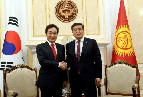 소론바이 제엔베코프 키르기스스탄 대통령 예방