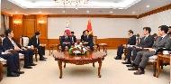 응우옌 쑤언 푹 베트남 총리 면담