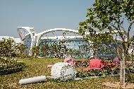 <p>도시 한 가운데 들어선 거대한 자연을 즐기고, 역사도 되짚어본다. 서울특별시 '서울식물원'과 '식민지 역사박물관'<br><br> 7월 1일부터 코로나19 장기화로 지친 국민을 위로하고 어려움에 처한 국내 관광업의 내수를 활성화하기 위한 '2020 특별 여행주간'이 시작됐다. 이번 여행주간의 화두는 '안전'이다.<br><br>이에 문화체육관광부는 특정 관광지에 사람이 몰리는 것을 막고 소규모 '안전 ' 여행 문화를 확산하기 위해 그동안 한국관광공사가 발굴해 온 '숨은 관광지'를 모아 소개한다. 3밀(밀폐·밀접 ·밀집)을 피할 수 있는 국내의 '숨어있던 관광지'를 사진으로 만나보자.<br><br> * 위 사진에 대한 저작권은 한국관광공사에 있으므로 무단 사용을 금합니다.<br><br> 사용 문의 : 한국관광공사 숨은관광지 담당자(033-738-3419)<br> <p style=