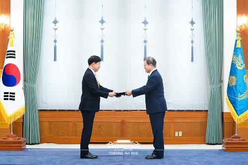 신임 국무조정실장 및 국민권익위원장 임명장 수여식