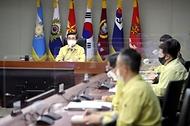 서욱 국방장관, 군 코로나19 대응 집중점검