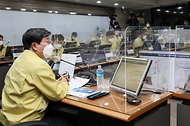 전해철 장관, 코로나19 관련 현장 점검