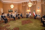 에샤크 자한기리 수석 부통령 회담