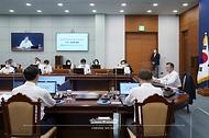 대통령 주재 수석보좌관 회의 사진 4