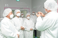 코로나19 백신 개발 현장 방문