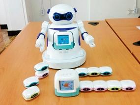 사물인터넷 기반 로봇 놀이학습기 개발