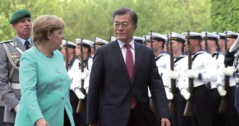 G20 정상과 폭넓은 협력 '다자외교 첫발'