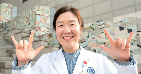 상급종합병원 유일 의료수어통역사 김선영 씨