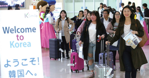 올림픽·지역관광으로 방한 일본인 늘린다