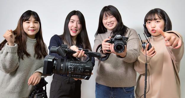 이산가족 영상편지 제작하는 비전마스타 이산가족영상제작팀