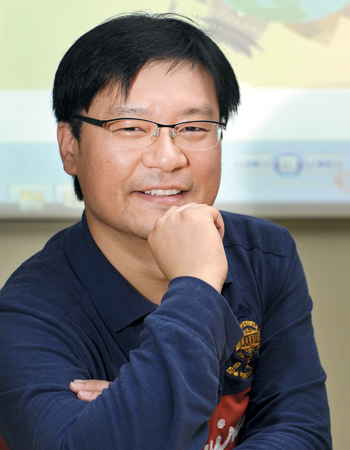 '한글탐정'은 한국의 문화와 관련된 내용으로 커리큘럼이 구성돼 있기 때문에 자연스럽게 한국 문화를 배울 수 있다.