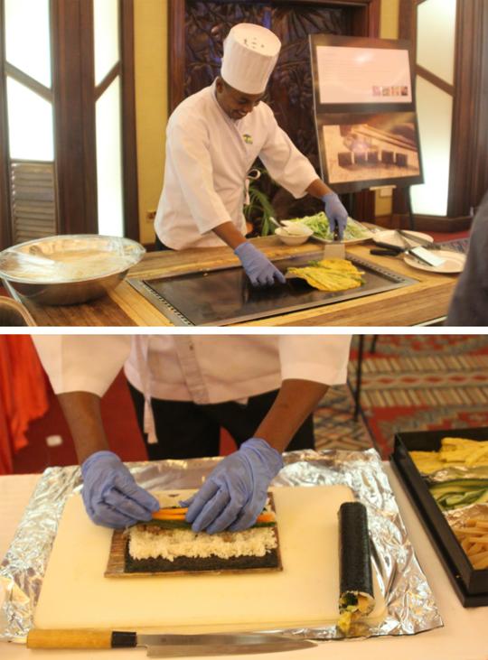 케냐인 요리사들이 한국음식인 파전, 김밥을 능숙하게 만들고 있다.