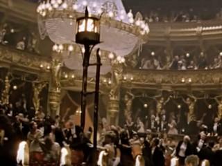 '오페라의 유령'같은 공연 사고 없도록~