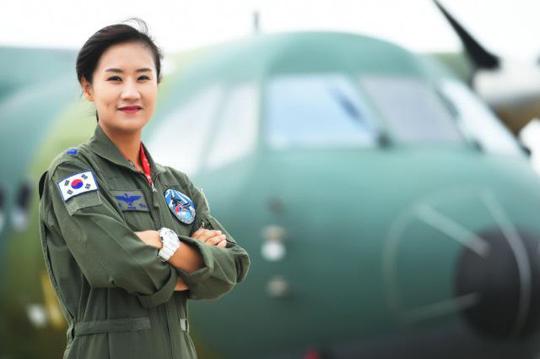 공군 첫 여군 비행대장인 공군5공중기동비행단 장세진 소령. (사진=공군 제공)
