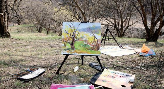 한적한 전원마을 도립리에선 그림 그리기 체험을 할 수 있다.