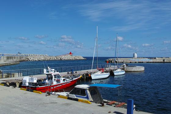 동해의 아름다운 해안선을 따라 걷는 즐거움과 함께 먹거리, 부대행사 등 즐길거리도 풍성하다. (사진 = 동해시청)