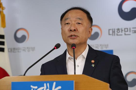 """정부 """"신고리 5·6호기 공사 일시중단…공론화 착수"""""""