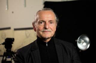 폴란드 출신의 공공미술 거장인 크지슈토프 보디츠코. (사진 = 국립현대미술관)