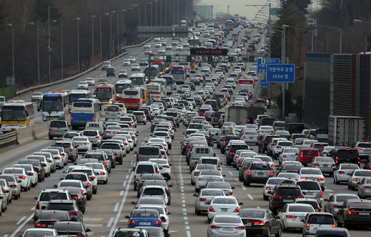 휴가철 고속도로 최대혼잡 예상일