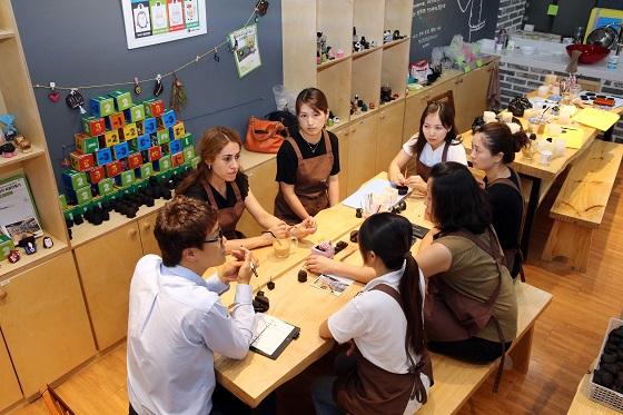지역맞춤형 일자리, 공방카페서 해답을 찾다