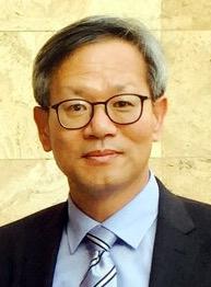 홍익대 세무대학원 김유찬 교수