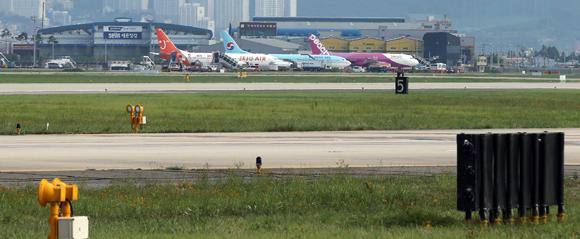 국내선 진에어·국제선 아시아나항공 '지연율 꼴찌'