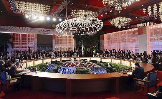 14일 개최된 아세안+3 정상회의 (사진=청와대)
