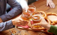 술 줄이면 나타나는 건강 효과 4가지