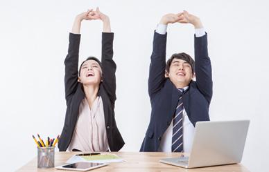 회사에서 손쉽게 하는 8가지 건강 비결