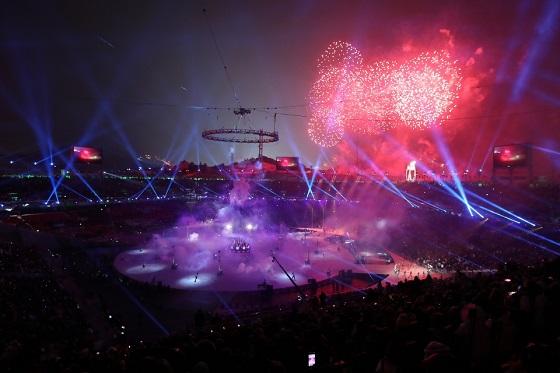 '행동하는 평화'(Peace in motion)을 주제로 평창동계올림픽 개막식이 성대하게 치러졌다. (사진 = 평창동계올림픽조직위원회)