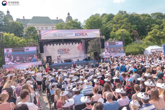 지난해 6월 10일 폴란드 바르샤바에서 열린 한국문화 종합축제 '폴란드 코리아 페스티벌' 행사장 모습. (사진=주폴란드 한국문화원