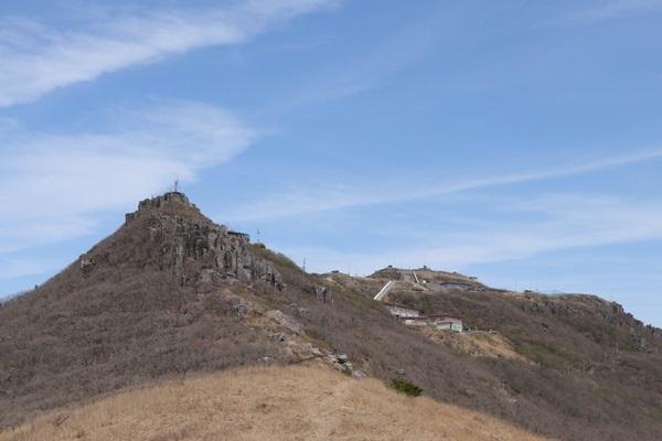 무등산 정상 : 왼쪽부터 인왕봉, 지왕봉, 천왕봉