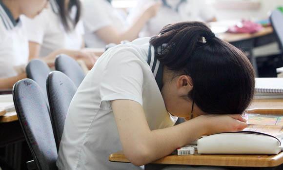 낮잠이 보약이 되기 위해서는 보통 15~25분이 적당한 것으로 알려져 있다. 이는 낮잠이 길어지면, 여러 가지로 부작용이 더 클 수 있다<저작권자(c) 연합뉴스, 무단 전재-재배포 금지>