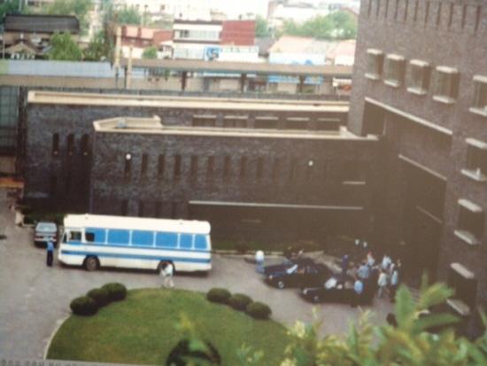 1987년, 박종철 고문치사사건 현장조사 모습.