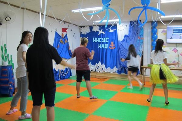고려인 동포 자녀들의 놀이터, 청소년 쉼터는 춤도 추고 원하는 모임도 갖는 소공간이다.