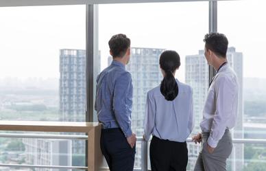 직장에서 조용히 할 수 있는 운동 4가지