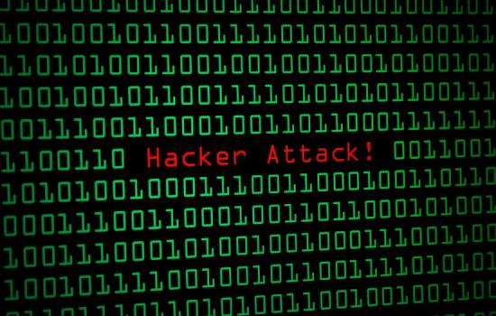 해커들은 스팸 메일을 통해 컴퓨터, 계정을 장악합니다.