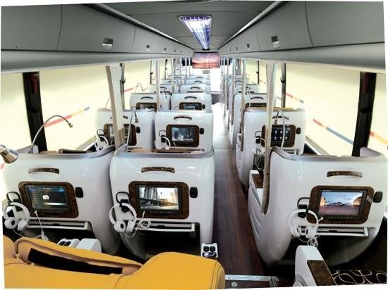 프리미엄 고속버스 내부 모습 프리미엄 고속버스 내부 모습 (출처 : 국토교통부)